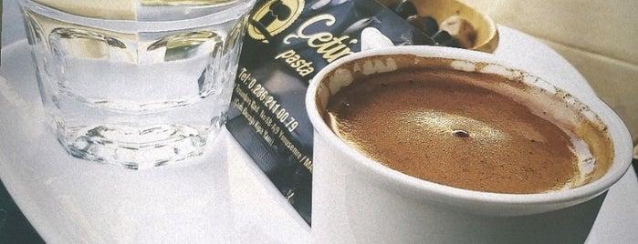 Çetinkaya Pasta & Simit & Cafe is one of Posti che sono piaciuti a İsmail.