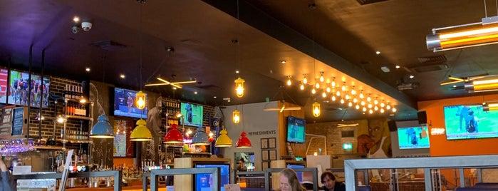 Sports Bar & Grill is one of Tempat yang Disukai Ralph.