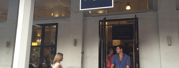 Jones the Grocer is one of Topics for Restaurant & Bar ⑤.