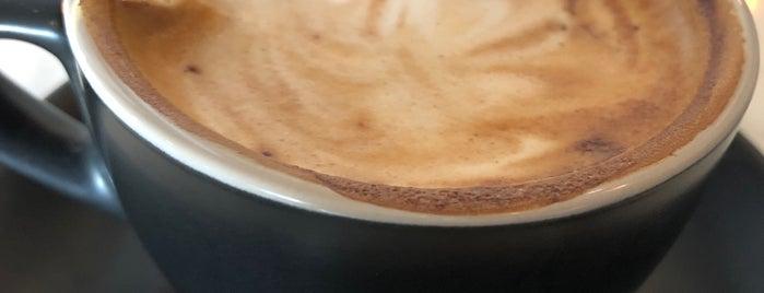 Toby's Estate Coffee Roasters is one of Jocelyn : понравившиеся места.