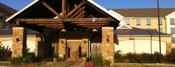 Homewood Suites by Hilton is one of Ashley'in Beğendiği Mekanlar.