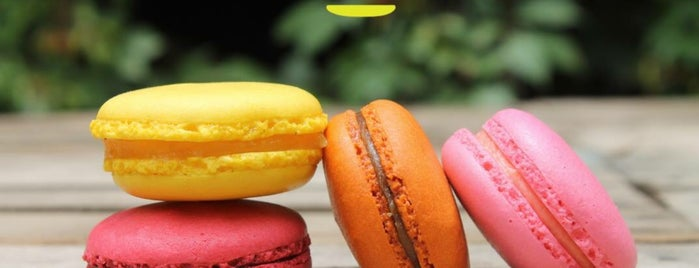L' Univers du Macaron is one of Lugares....