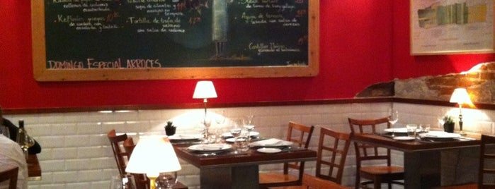La Gastroteca de Santiago is one of Delicious Madrid.