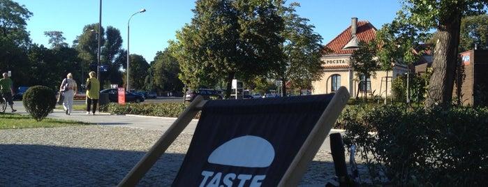 TASTE Burger is one of สถานที่ที่ Alex ถูกใจ.