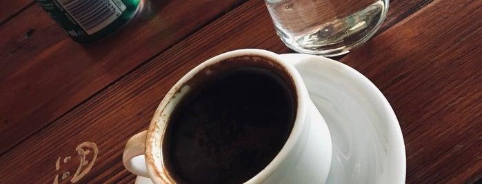 Retroo Cafe & Lounge Bar is one of Lugares guardados de 🧣🧤ahmet.