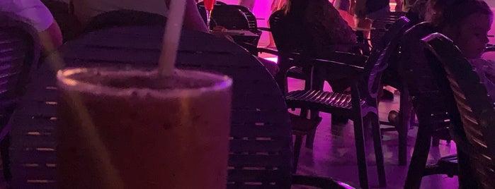 Bellis Deluxe Hotel Meet Point Bar is one of Aytaç'ın Beğendiği Mekanlar.