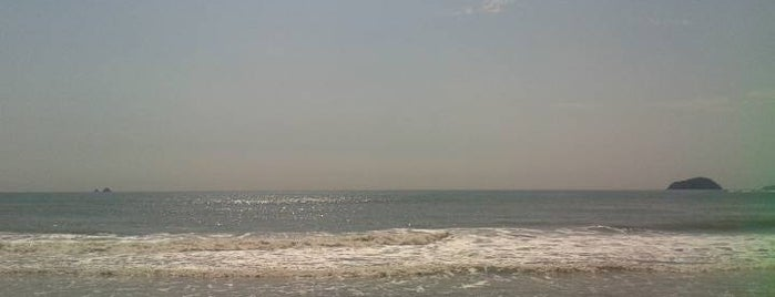 Praia das Palmeiras is one of Locais curtidos por Aline Carolina.