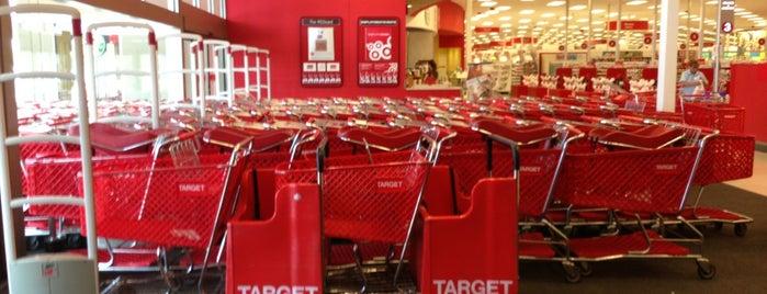 Target is one of Ian'ın Beğendiği Mekanlar.