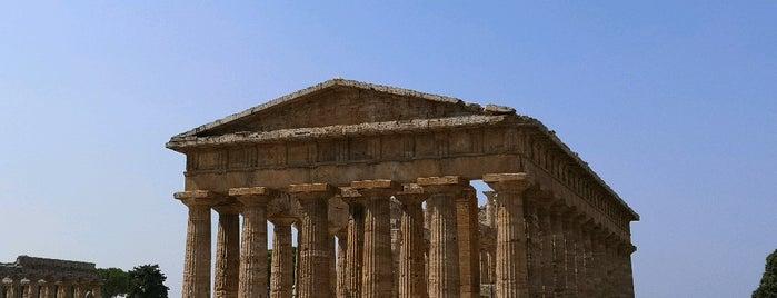 Parco Archeologico di Paestum is one of Posti che sono piaciuti a Geoffrey.