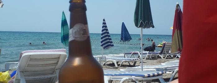 Güverte Cafe & Beach is one of Gespeicherte Orte von Semin.