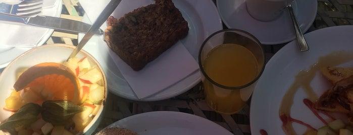 Café Sehnsucht is one of Lieux qui ont plu à Alice.