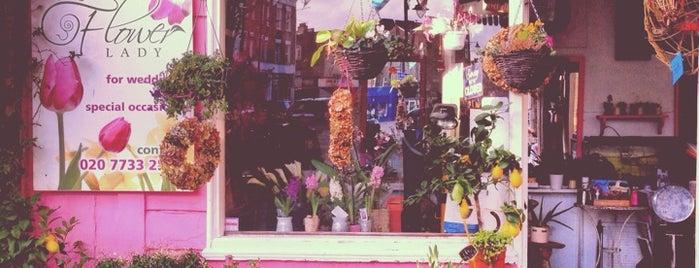 The Flower Lady is one of Orte, die Gem gefallen.