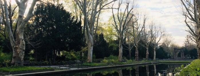 Schulenburgpark is one of Tempat yang Disukai Sarah.