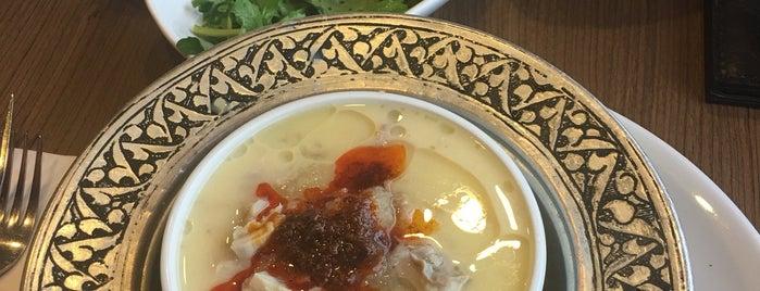 öz beykoz restaurant is one of Locais curtidos por Omi.