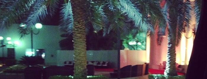 King Abdullah's Palace is one of สถานที่ที่ Bandder ถูกใจ.