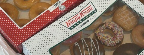 Krispy Kreme is one of Locais salvos de Stefano.