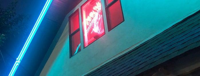 Melody is one of Brandon // LA – Bars+Coffee.
