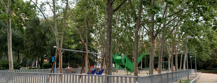 Parque de Azca is one of Karen P'ın Beğendiği Mekanlar.