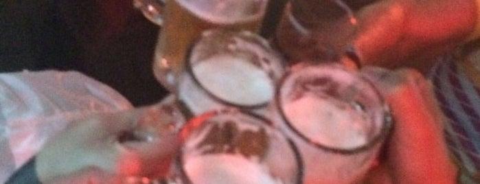 Boyzinho Bar is one of Silas Donatoさんの保存済みスポット.