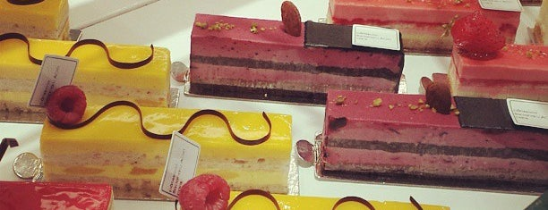 Sadaharu Aoki is one of Top Pastry Shops in Paris.