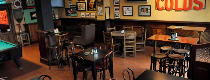 Flaherty's Irish Pub Barcelona is one of Lugares favoritos de Igor.