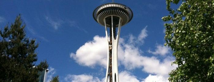 스페이스 니들 is one of Alyssa's Seattle visit.
