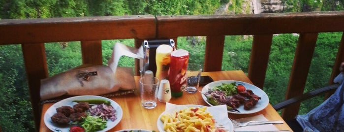 Zümrüt Restaurant is one of Ayder- Turkey.