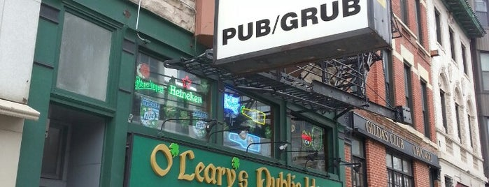 O'Leary's Public House is one of Tempat yang Disukai Rob.
