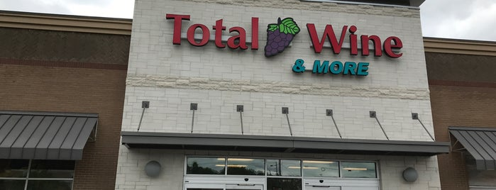 Total Wine & More is one of Orte, die Brian gefallen.