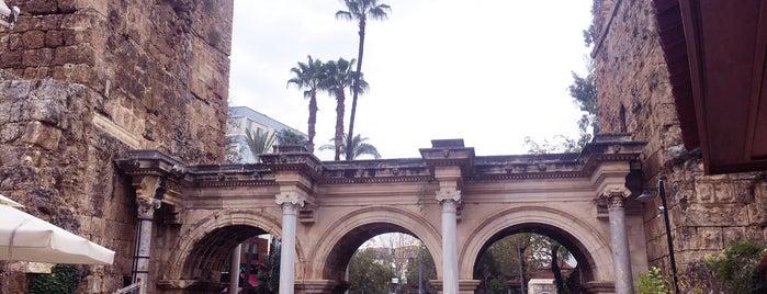 Hadrian Kapısı is one of Antalya.