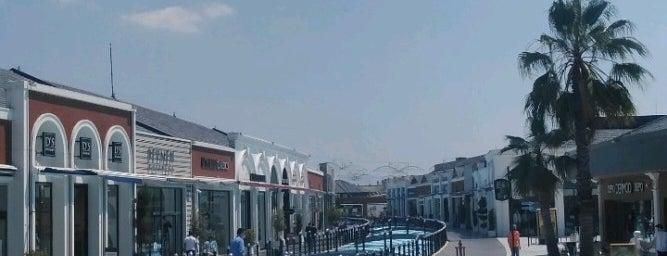 Viaport Marina is one of Tempat yang Disukai Ercan.