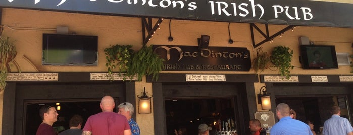 MacDinton's Irish Pub & Restaurant is one of Tim : понравившиеся места.