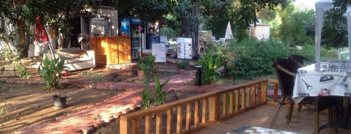 Secret Garden Bungalows & Camping is one of Öznurさんの保存済みスポット.
