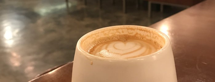 O'PO speciality coffee | اوپو is one of สถานที่ที่บันทึกไว้ของ Queen.