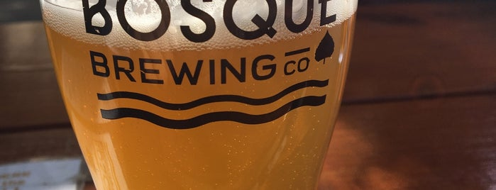 Bosque Brewing Public House is one of Lugares favoritos de Anthony.