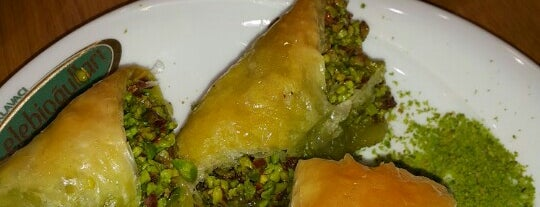 Çelebioğulları Baklava is one of Sedat Nazmi : понравившиеся места.