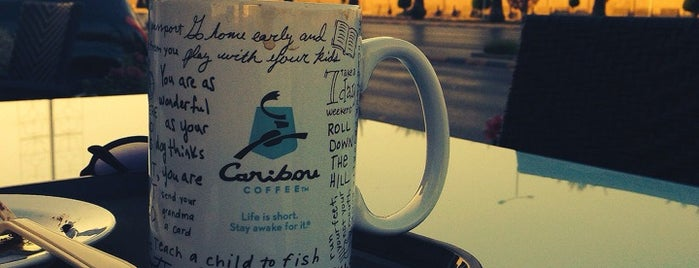 Caribou Coffee is one of Azizさんのお気に入りスポット.