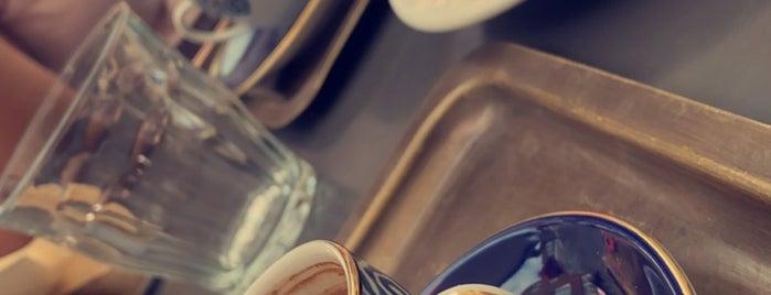Yamabahçe is one of Breakfast in London 🇬🇧.