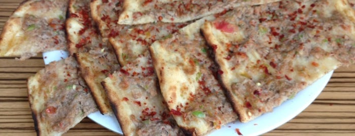 Gümüştaş Pide Salonu is one of Ahmet 님이 저장한 장소.