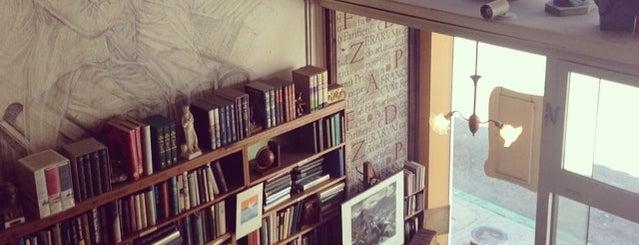 Old Monterey Book Company is one of Lugares guardados de Mollie.