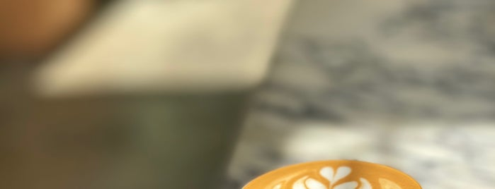 Fennec Coffee is one of Lieux qui ont plu à Sara.