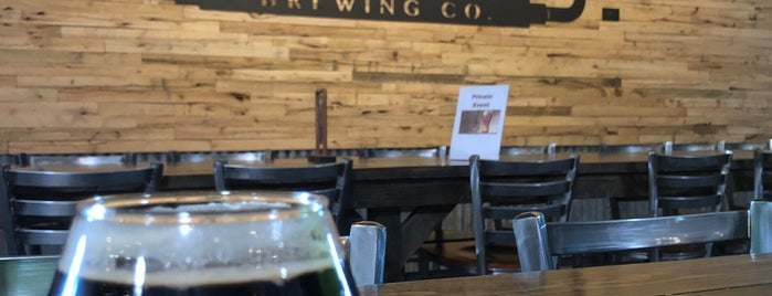 Steam Hollow Brewing Co. is one of Chicago area breweries.
