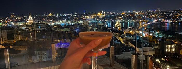 Pera Palas Orient  Bar is one of Lale Kart Buluşma Noktaları.