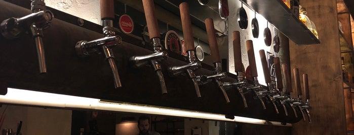 Floyd Beer & Co is one of Μπυραρίες στην Ελλάδα.