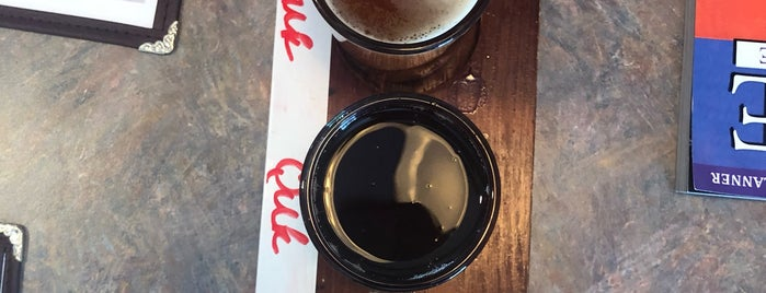 Chili Line Brewery is one of Lugares favoritos de Ethan.