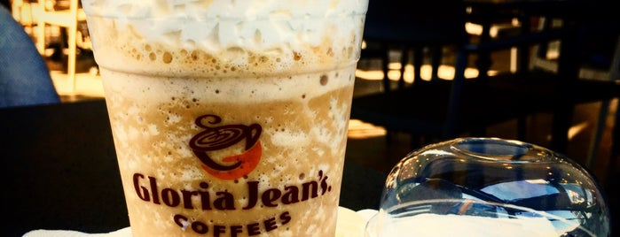 Gloria Jean's Coffees is one of Locais curtidos por JOY.