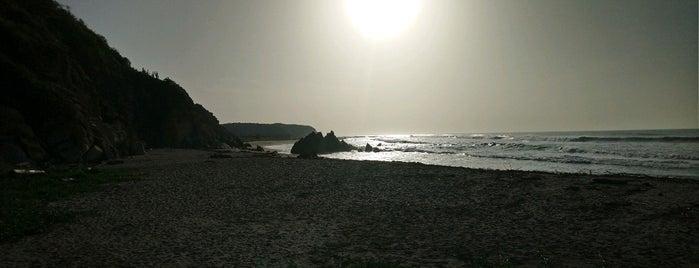 Playa La Bocana is one of Huatulco.