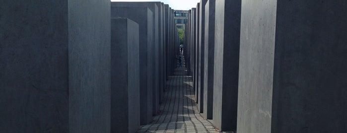 虐殺されたヨーロッパのユダヤ人のための記念碑 is one of Best places.