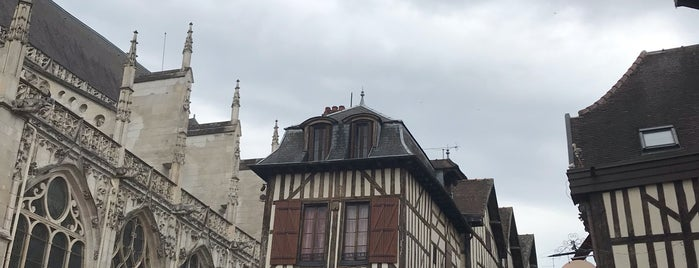 Troyes is one of Troyes.