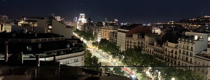 Rooftop Bar Hotel Royal Passeig De Gracia is one of Tsotsolashvili Valeriya'nın Beğendiği Mekanlar.